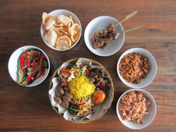Menu Wassu - Salas Indische catering