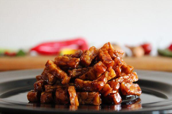 Sambal goreng tempeh - Salas Indische Catering